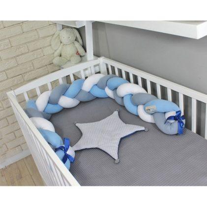 Pletenica za dječji krevetić Svijetlo plava/siva/bijela